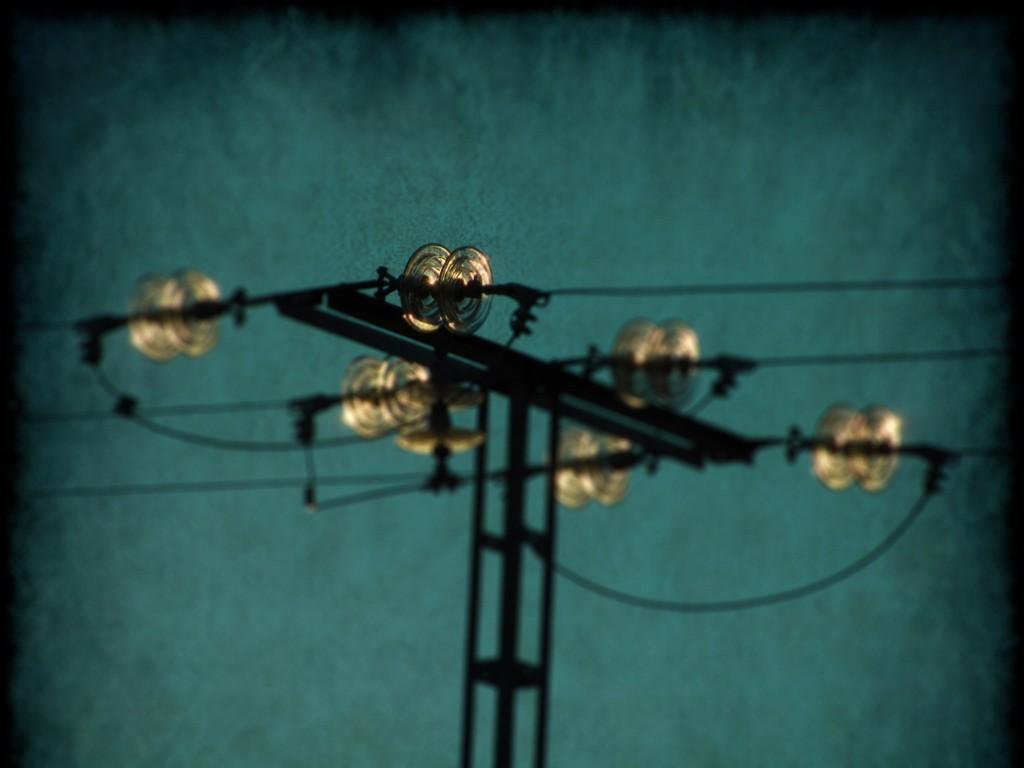 Electricidad, defensor del pueblo