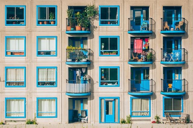 apartments-1845884_640