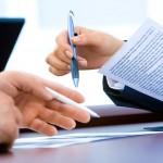 Es práctica ilícita y abusiva de las compañías aseguradoras incrementar de manera desproporcionada el precio de la prima del seguro de  en su renovación (prórroga) sin notificación fehaciente